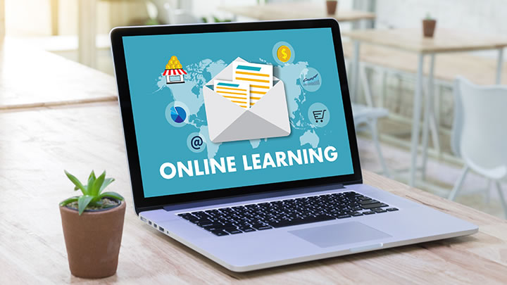 10 tips to thrive as a distance learning student